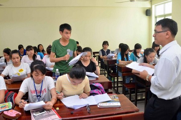 http://www.giaoduc.edu.vn/upload/images/2015/12/30/giao-vien-nghe-noi-tieng-anh-am-o-1.jpg
