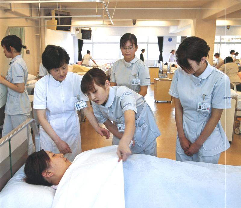Từng bước liên thông đại học điều dưỡng nhẹ nhàng mà hiệu quả